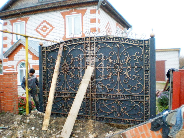 Кованые ворота с узорами фото
