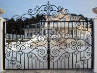 Ажурные ворота из квадратного профиля (Арт. 040)