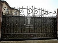 Откатные кованые ворота с восточным рисунком (Арт. 099)