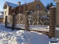 Белый забор с большим центральным узором (Арт. 015)
