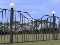 Металлический забор с дугой (Арт. 110)