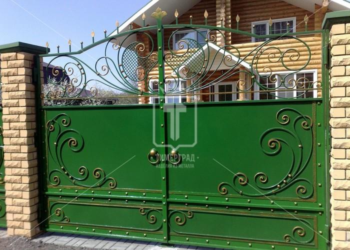 Зеленые ворота с ажурным рисунком (Арт. 009)