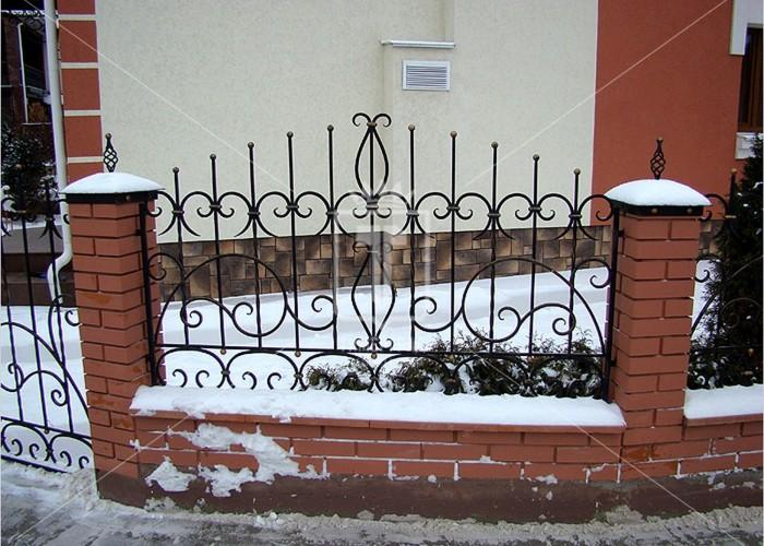 Забор с шариками вместо пик (Арт. 040)