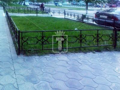 Уличное газонное ограждение с «конфетами» (Арт. 015)