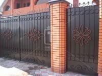 Металлические ворота с листом и кольцами (Арт. 092)