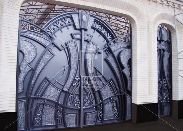 Ворота из большого количества плавных геометрических фигур (Арт. 058)
